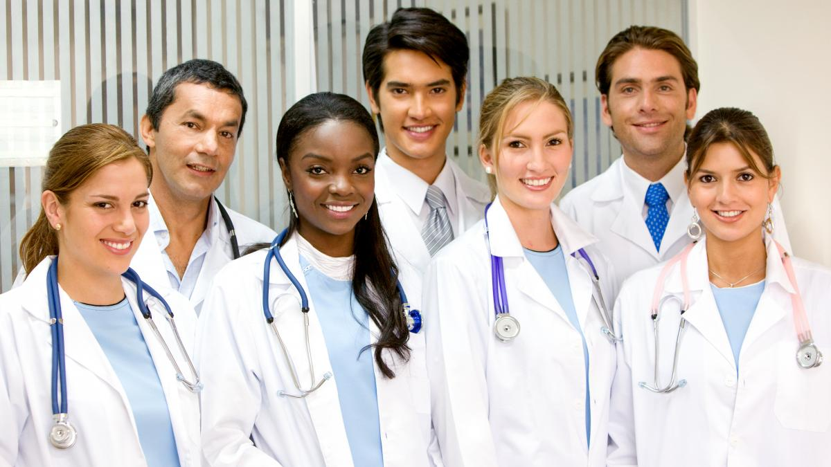 medical school students